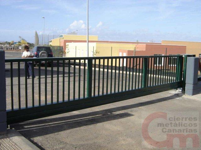 Puerta Corredera Autoportante 02